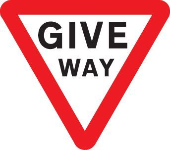 57729 Give way Class R2 Permanent 600mm triangle (3mm aluminium composite) Safety Sign