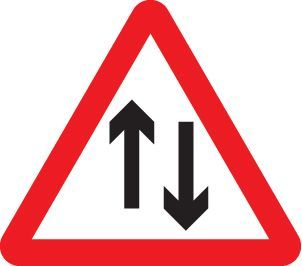 57758 Two way traffic class R2 Permanent 600mm triangle (3mm aluminium composite) Safety Sign